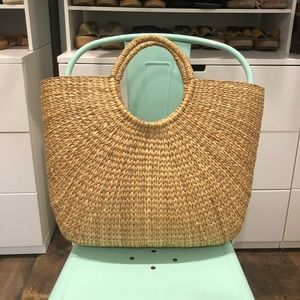 Handbags - basket purse/ tote bag